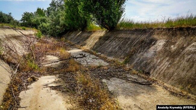Северо-Крымский канал в селе Ишунь Красноперекопского района