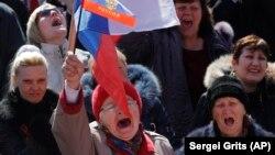 Donetskin mərkəzində moskvayönlü aksiya