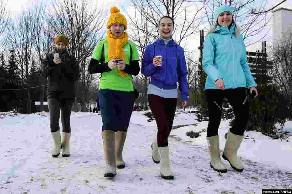 Всех участников на финише ждал горячий чай.