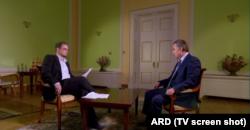Хайо Зеппельт берет интервью у министра спорта Виталия Мутко