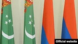 Sargisýan: Türkmen prezidenti köp milliardlyk proýektler barada oýlanýandygyny aýtdy