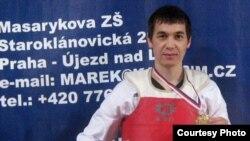 Қазақ босқыны, таэквондодан Чехия чемпионы Мұрат Төлесінов. Прага, 21 наурыз, 2009 жыл.