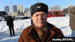 Расих Җәләлов