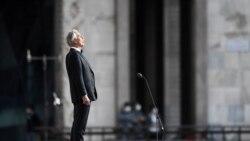 Bocelli këndon i vetëm