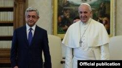 Հայաստանի նախագահ Սերժ Սարգսյանը և Հռոմի Պապ Ֆրանցիսկոսը հանդիպում են Վատիկանում, արխիվ