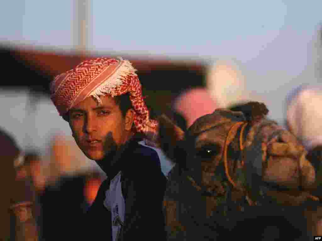 Кірмаш у Газе ў трэці дзень СЬвята ахвяраваньняў - Фота: AFP