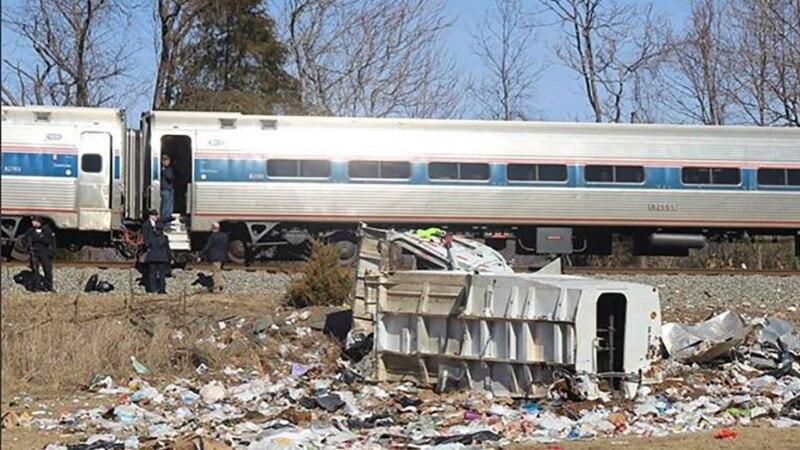 U Španiji voz sletio sa šina, osoba poginula