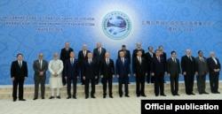23-24 маусым күндері Ташкентте өткен Шанхай ынтымақтастығы ұйымы саммитіне қатысқан делегация басшылары.