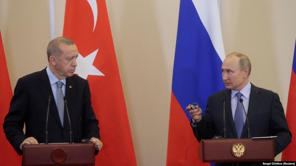 Одна з попередніх зустрічей президентів Туреччини Реджепа Ердогана (л) та Росії Володимира Путіна