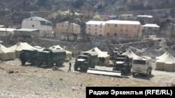 Военные в окрестностях поселка Временный (архивное фото)