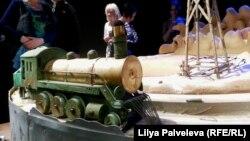 """Декорации спектакля """"И дольше века длится день"""" в Музее ГУЛАГа"""