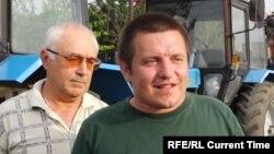 Алексей Волченко (справа), организатор так называемого «тракторного марша» краснодарских фермеров.