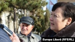 Valentina Ursu în căutarea opiniilor oamenilor de rînd