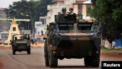 Французские военные в городе Банги. 6 декабря 2013 года.