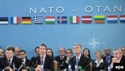 Ғарбий Европадаги иттифоқчилар қаршилиги Грузия ва Украинанинг НАТОга қўшилишини узоқ истиқболдаги масалага айлантирмоқда