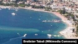 Пляж Словенска на черногорском курорте Будва