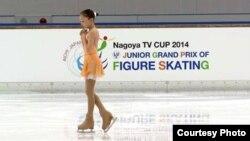 Қазақстандық мәнерлеп сырғанаушы Элизабет Тұрсынбаева Жапониядағы әлемдік Гран-При жарысында. Сурет спортшының жеке мұрағатынан алынды.