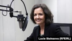 ABŞ-da ýerleşýän Demokratiýa ugrundaky milli fonduň ýolbaşçylaryndan ykdysadyýetçi Judy Şelton, 2013-nji ýylyň 3-nji sentýabry.