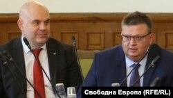 Гешев стана заместник на Цацаров, след като първоначално оглавяваше създадената от ГЕРБ специализирана прокуратура