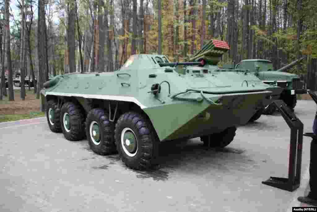 БТР-70 бронетранспортеры