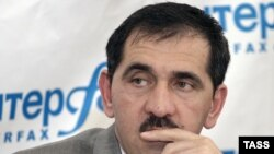 The standoff comes as Ingushetian President Yunus-bek Yevkurov has seen his popularity plummet.