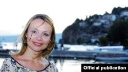 Иницијативата за реализација на проектот потекна од македонската композиторка Катерина Пејоска