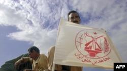 اعضای سازمان مجاهدین خلق پس از حمله آمریکا به عراق در سال ۲۰۰۳ خلع سلاح شدند. (عکس: AFP)