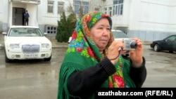 Корреспондент Радио Азатлык в Туркменистане Солтан Ачилова