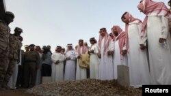 Погребот на досегашниот престолонаследник, принцот Султан, во Ријад.