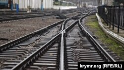 На железнодорожном вокзале в Симферополе