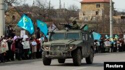 Крымдагы баскынчылыкка каршылардын акциясы