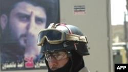 آقای صدر از دولت نوری مالکی خواسته است که سریعاً نسبت به خروج نیروهای آمریکایی از عراق اقدام کند.(عکس: AFP)