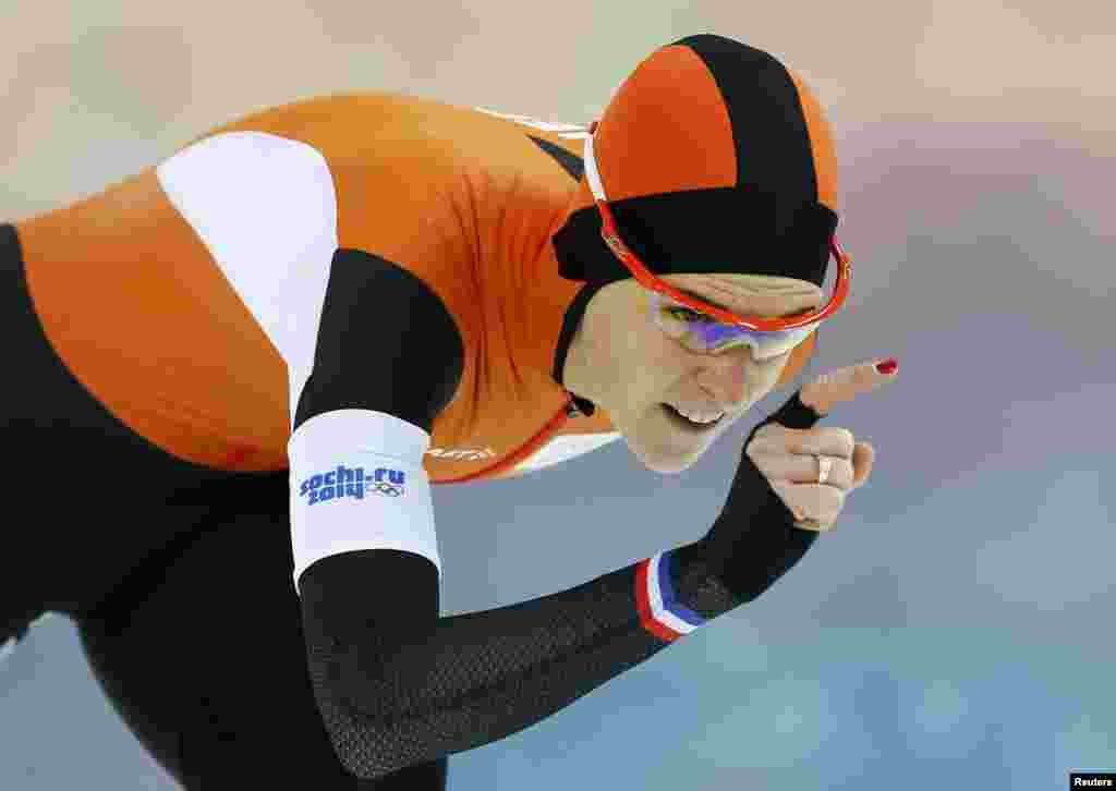Irene Wust of the Netherlands skates during the women's 3,000-meters speed-skating race at the Adler Arena.