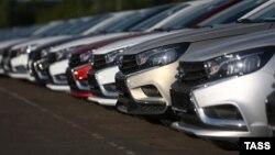 Автомобили Lada Vesta Cross.