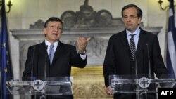 Жозе Мануэль Баррозу и Антонис Самарас на совместной пресс-конференции