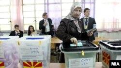 Архивска фотографија - локални избори 2013.