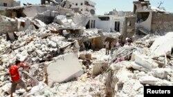 Руїни в місті Алеппо, 27 липня 2013 року