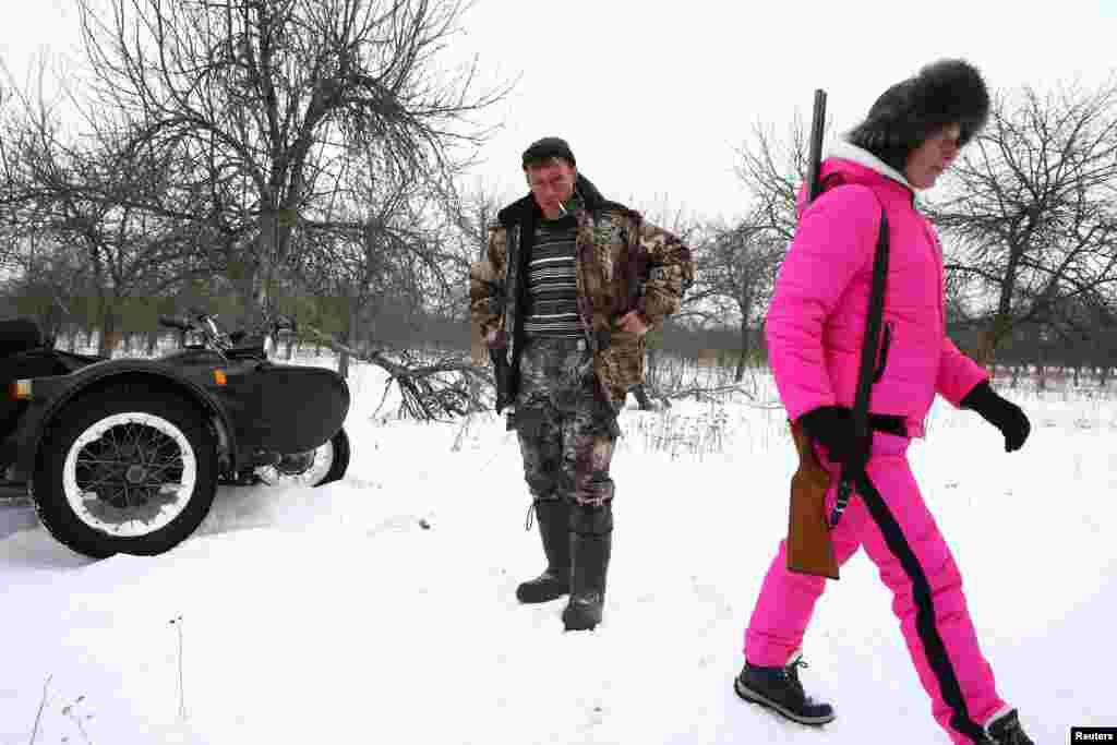 Яны з жонкай жывуць на ўскрайку зоны адчужэньня Чарнобыльскай АЭС.