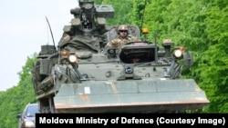 Американские военные прибывают в Молдову. 2–3 мая 2016 года.