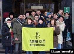 Абдусами Раҳмонов Amnesty International фаоллари билан