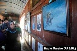 Выставка в Грозном картин, посвященных теме депортации 1944 года