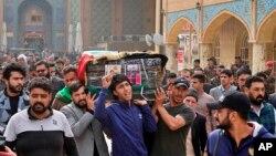 Похороны одного из убитых демонстрантов