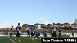 Pamje nga një stërvitje e futbollistëve të kombëtares së Kosovës