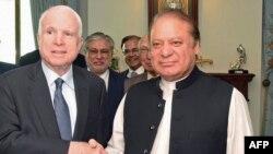 مککېن: پاکستان ته مو وویل چې د حقاني شبکې پټن ځایونه د منلو وړ نه دي.