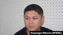 Маметбек Мырзабаев.
