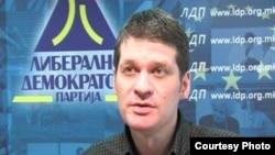 Актуелниот претседател на партијата Јован Манасиевски