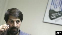 عمادالدین باقی از از ۲۲ مهرماه سال ۱۳۸۶ در زندان به سر می برد.(عکس: AFP)
