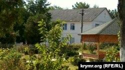 Bağçasaray rayonı Tankovoye köyündeki istidatlı balalar içün gimnaziya-internat
