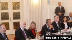Hrvatski predsjednik Ivo Josipović na okruglom stolu o procesuiranju ratnih zločina na hrvatskim sudovima, Zagreb, 14.mart 2012.