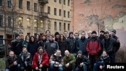 """26 экологов и моряков с судна """"Арктик Санрайз"""" в Петербурге"""
